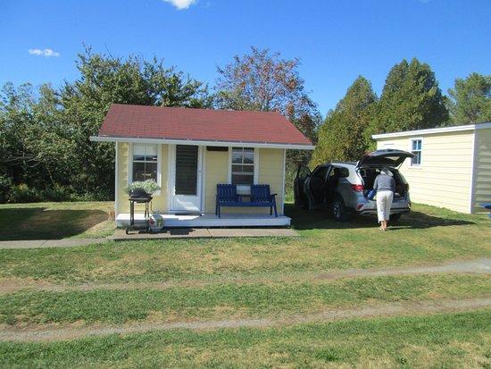 Atlantic View Motel & Cottages Photo