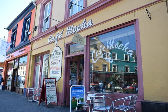Cafe Mocha: cute little place to stop for light lunch