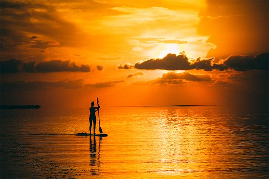 Sugarloaf Key, فلوريدا: Paddleboarding the calm summertime waters of The Lower Keys