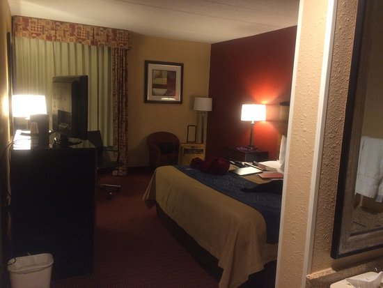 Oxon Hill, MD: king room, 5th floor
