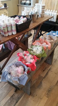 Berlin, OH: Handmade Bath Bombs in over 12 scents