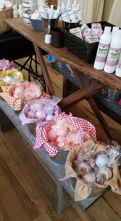Berlin, OH: All natural and handmade Bath Bombs are better than bubble bath, Safe for kiddos!