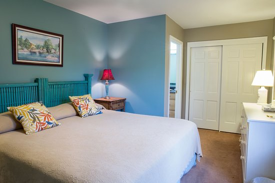 Oxford, MD: Town View Suite King Bedroom