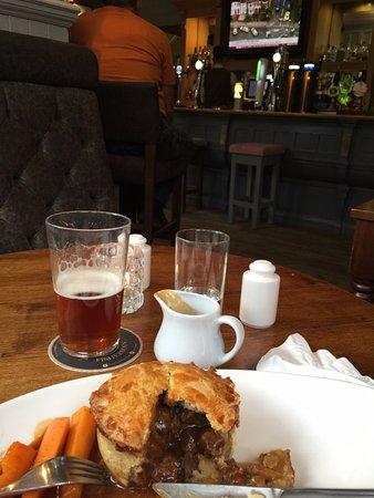 The Plough: Food served in the Pub