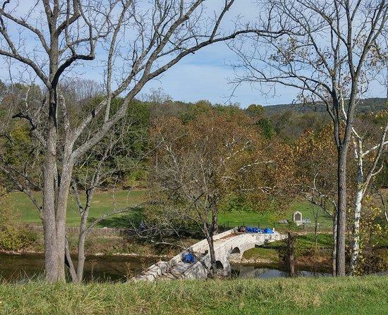 Sharpsburg, MD: Burnside's Bridge view from vehicle.