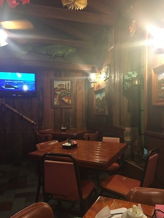 Portland, TX: Nice semi private area of restaurant.