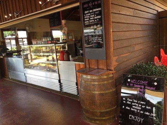 Mount Tamborine, Avustralya: Service bar