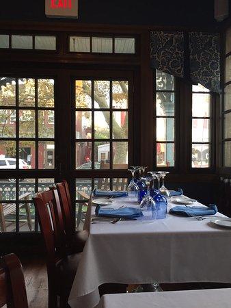 The Blue Rose Inn & Restaurant: photo1.jpg