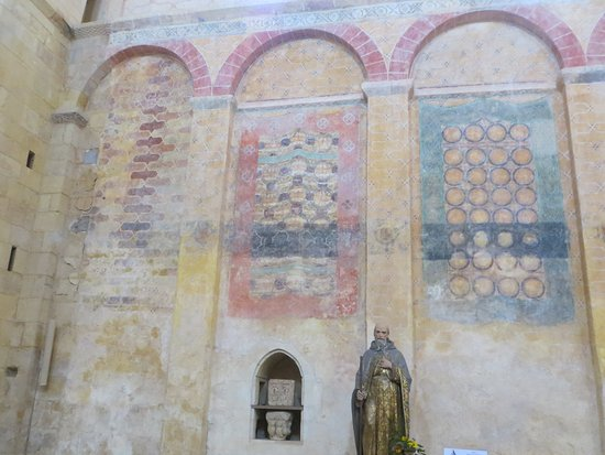 Saint-Avit-Senieur, Francja: Recently Restored 14th Century Painted Murals