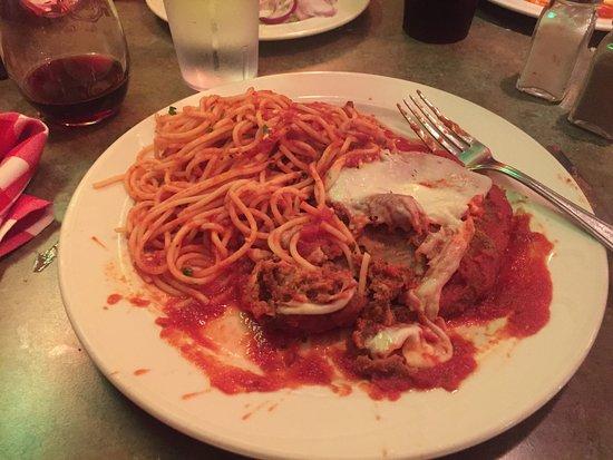 Brandywine, MD: Veal Parmigiana