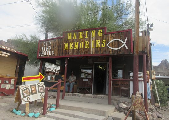 Making Memories, Oatman, Arizona