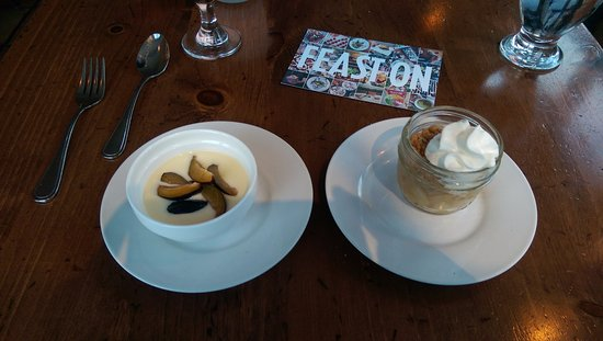 Trattoria Azzurra: Sampler sized desserts, for the indecisive