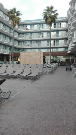 Hotel Augustus: IMG_20161028_092030_large.jpg