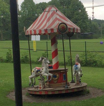 Kinder Karussell Bild Von Sakrisch Guat München Tripadvisor