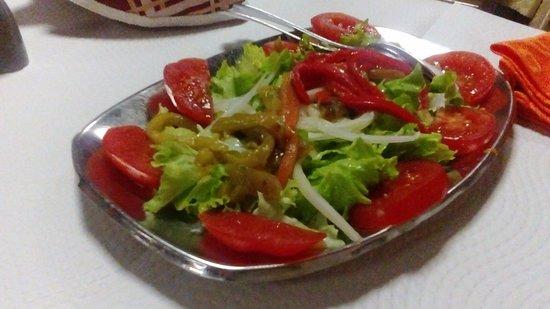 Linda-a-Velha, Portugal: Salada mista