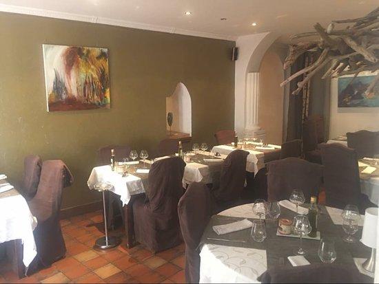 Decor Chocolat Mur Bronze Picture Of La Table Du Roy Salon De