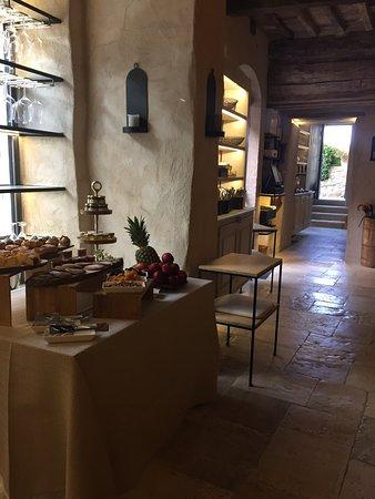 Castiglioncello del Trinoro, Italia: Deliciously romantic