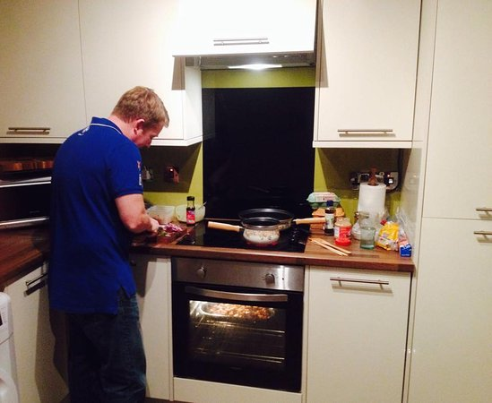 Home Cook School: Client Prepping his Thai Themed Meal