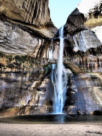 Calf Creek Falls Recreation Area: Calf creek falls (dramatischer Effekt)