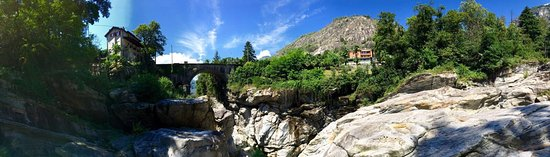Vogorno, سويسرا: photo4.jpg