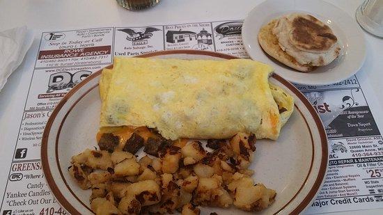 Greensboro, MD: Breakfast at D & R's Restaurant