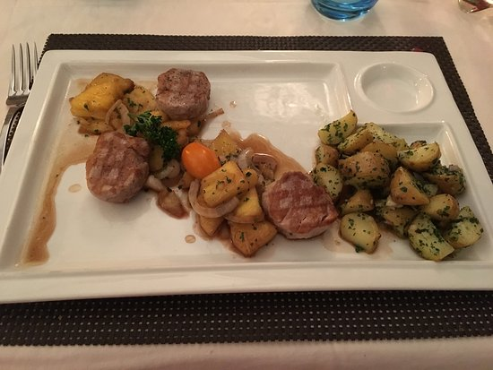 La grange, Sainte Genevieve des Bois Restaurant Reviews, Phone Number& Photos TripAdvisor # Restaurant La Grange Sainte Geneviève Des Bois