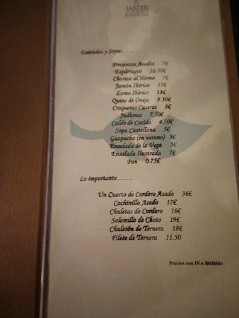 Restaurante el soportal en pedraza con cocina asador for El jardin pedraza