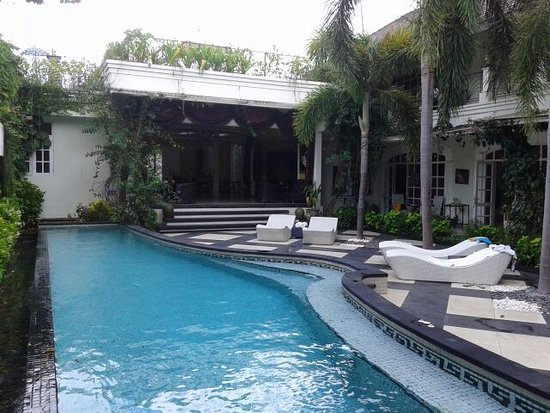 Casa Artista Bali: piscina