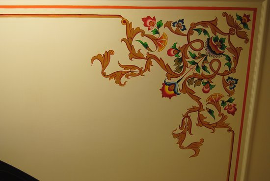 Sunder Palace Guest House: Detail of painting on ceiling