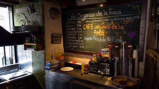 Cafe Dios No Muere: Kitchen