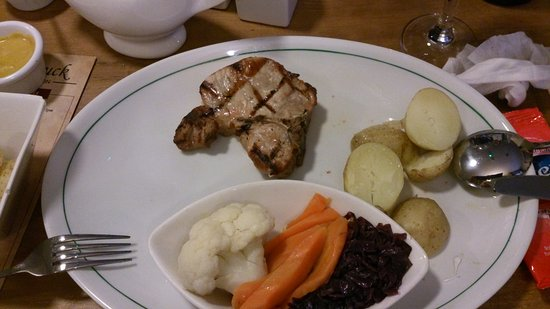 Walkington, UK: The 12.95 pork chop!