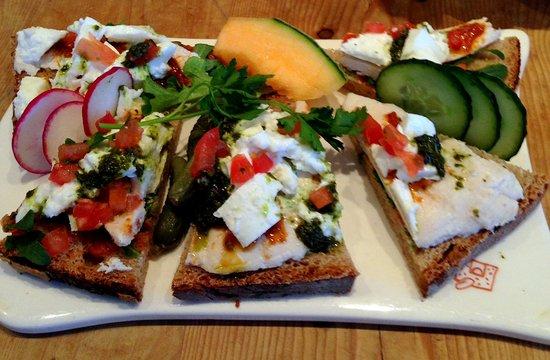 Le Pain Quotidien: Замечательные бутерброды