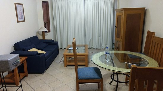 El Ameyal Hotel & Family Suites: habitacion