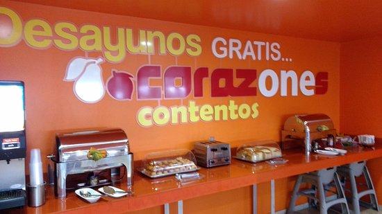 El Ameyal Hotel & Family Suites: desayuno
