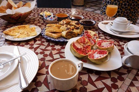 Riad Layalina Fez: Breakfast