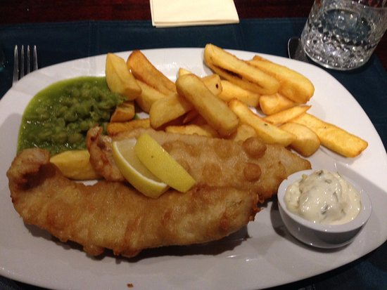 Strathkinness, UK: Haddock fish and chips