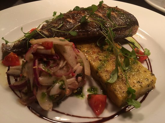 Dinton, UK: Sea Bream, spring onion polenta cake , fennel and apple salad