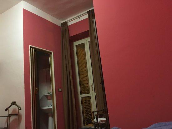 Stanze Da Bagno Piccole : L elegante stanza da bagno come rendere accoglienti le piccole