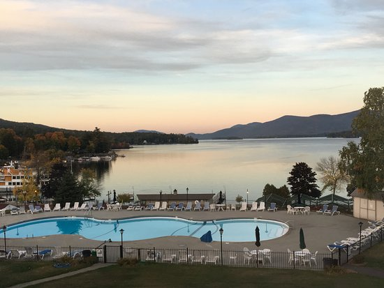Fort William Henry Hotel and Conference Center: 3rd Floor room view in early October