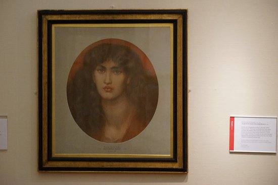Cartwright Hall: Rosseti, The face of Beatrice ?
