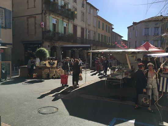 Office de Tourisme du Realmontais: General views of the Town and market.