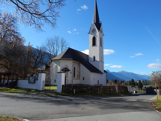 Hermagor, Austria: Church with view