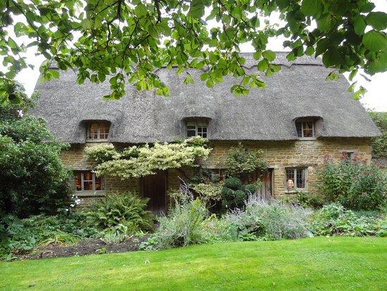 cotswolds tour backys house picture of secret cottage