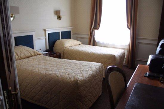 Wynn's Hotel: Room 394