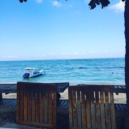 Nusa Indah Bungalows Surfer Beach Cafe: photo5.jpg