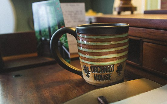 Granville, OH: Bring home a local artisan mug!