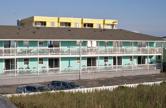Surfside Lodge Oceanfront: a view from the dunes