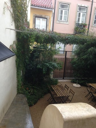 My Suite Lisbon: Jardim interno