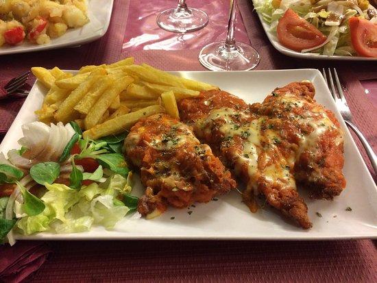 Restaurante meson el encuentro en fuengirola con cocina - Cocinas fuengirola ...