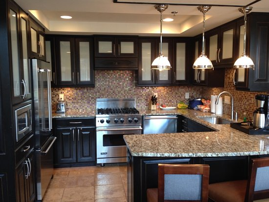 Waldorf Astoria Park City: excellent kitchen in the suites, what more can you ask for?